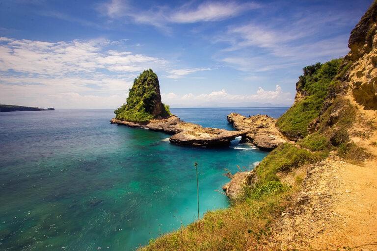 Tempat Wisata Di Lombok Yang Belum Terkenal & Tersembunyi